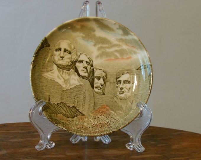 Mt. Rushmore National Memorial Souvenir Plate