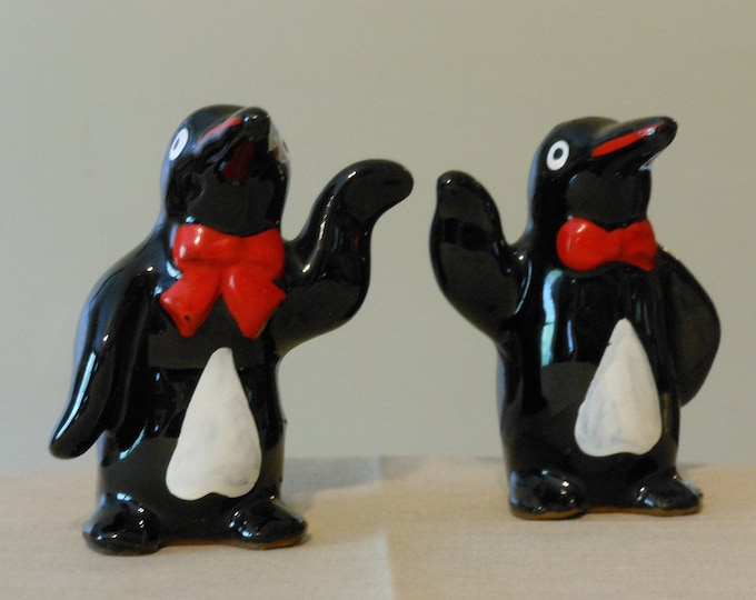 Vintage Penguin Salt and Pepper Shakers