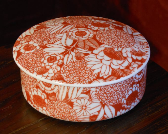 Red & White Floral Trinket Dish