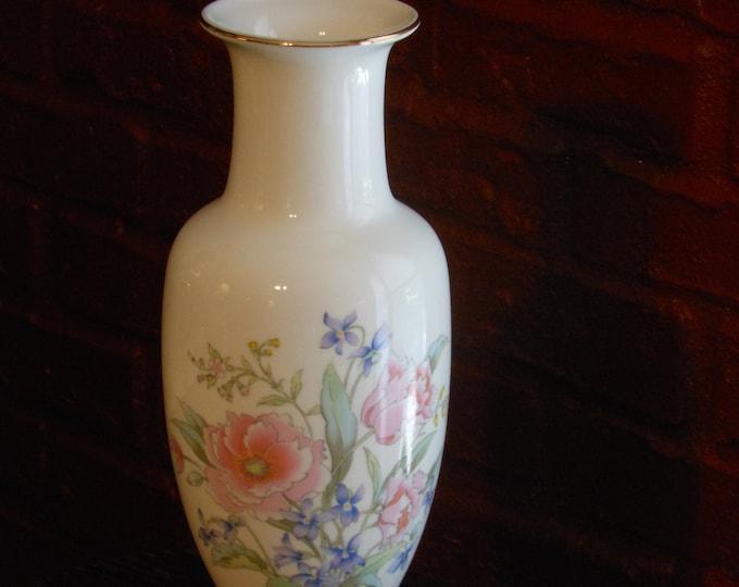 Fine China 10-inch Vase