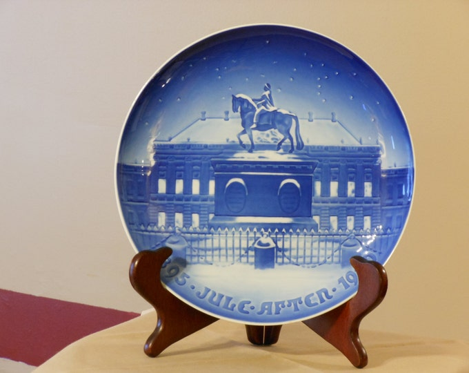 Bing and Grondahl (B&G) Royal Palace Amalienborg Porcelain Collector's Plate
