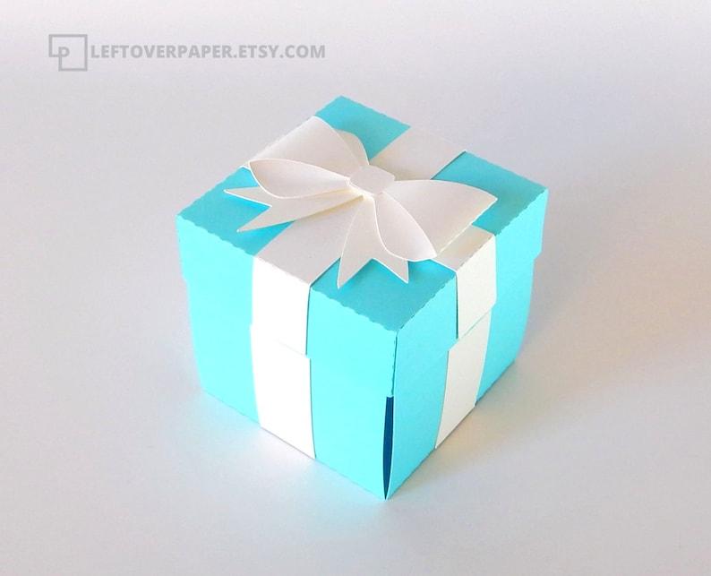 image 0 ...  sc 1 st  Etsy & Blue Favor Box with Bow / Blue Exploding Box / Blue Gift Box | Etsy