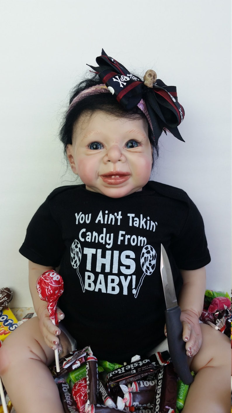 You Ain/'t Takin/' Candy From THIS Baby Baby Onesie Raunchy Funny Silly Cute Bodysuit Boy or Girl FREE SHIPPING!
