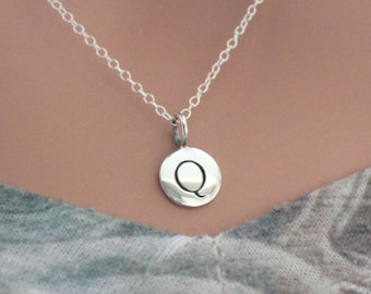 Sterling Silver Simple Q Initial Necklace, Silver Stamped Q Necklace, Stamped Q Initial Necklace, Small Q Initial Necklace, Q Initial Charm