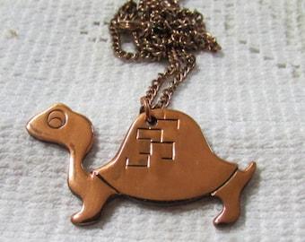 Vintage deadstock Southwestern copper turtle or tortoise tribal boho pendant necklace NOS