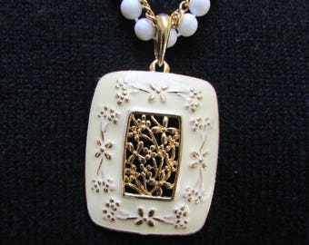 Vintage 60s 70s large pale yellow enamel and gold filigree flowers pendant statement necklace beaded chain