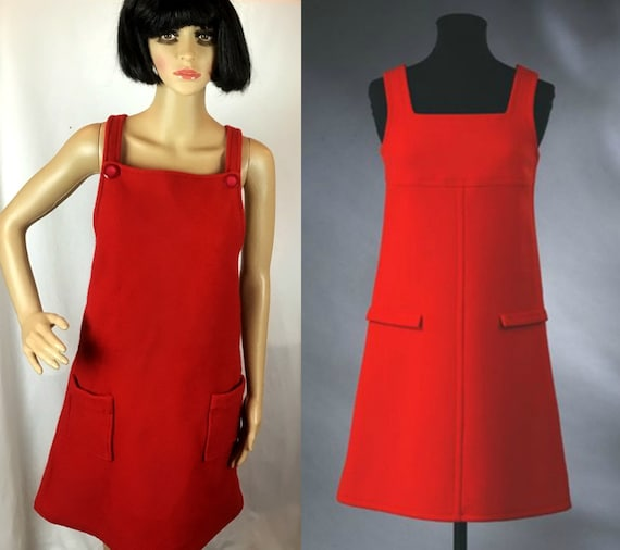 Vintage 1960s Mod Psych Twiggy Red Wool Pinafore M