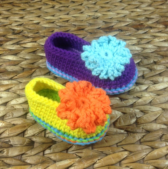 a89bf09e06b96 Crochet Pattern * Funny Shoes for Babies and Toddlers * PDF * Double Sole *  Instant Download Pattern # 431 + a gift *