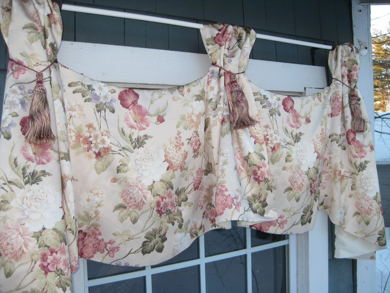 Valance Ready to Ship Mauve Sage /& Ivory Tassels Living Room Bedroom Lilac Celebrity Window Treatment in Floral Satin Fabric in Pink