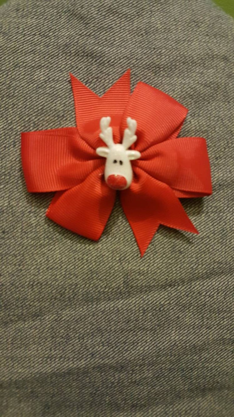 Red Bow With White Reindeer