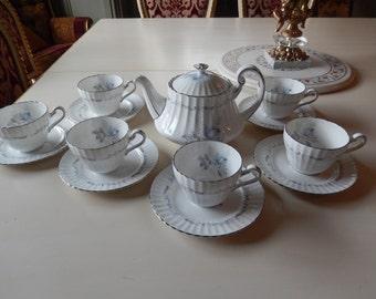 ENGLAND PARAGON TEAPOT with Six Matching Teacups and Saucers