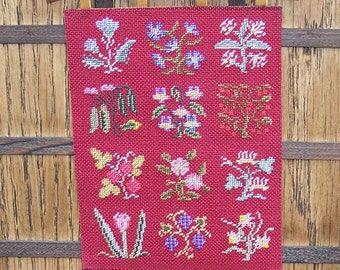 Tudor Dolls House Tapestry, Miniature Slips Wall Hanging, Medieval Dollhouse Tudor Tapestry, 1/12th Scale Tapestry, UK Seller