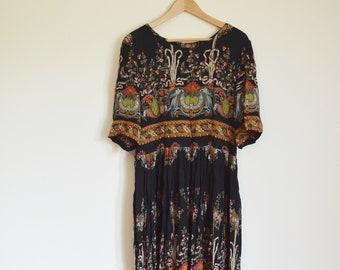 vintage 1970s patterned maxi dress