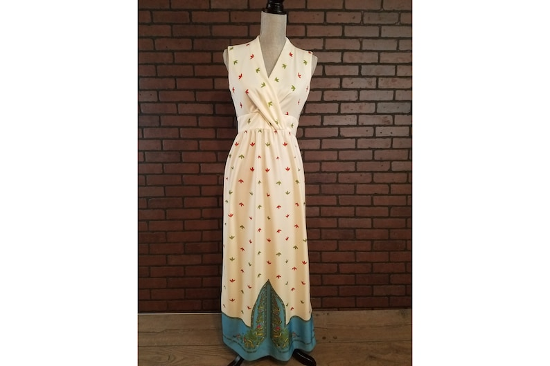 5b42b5d52d48 Leslie Fay Original Tropical Inspired Long Maxi Dress with   Etsy
