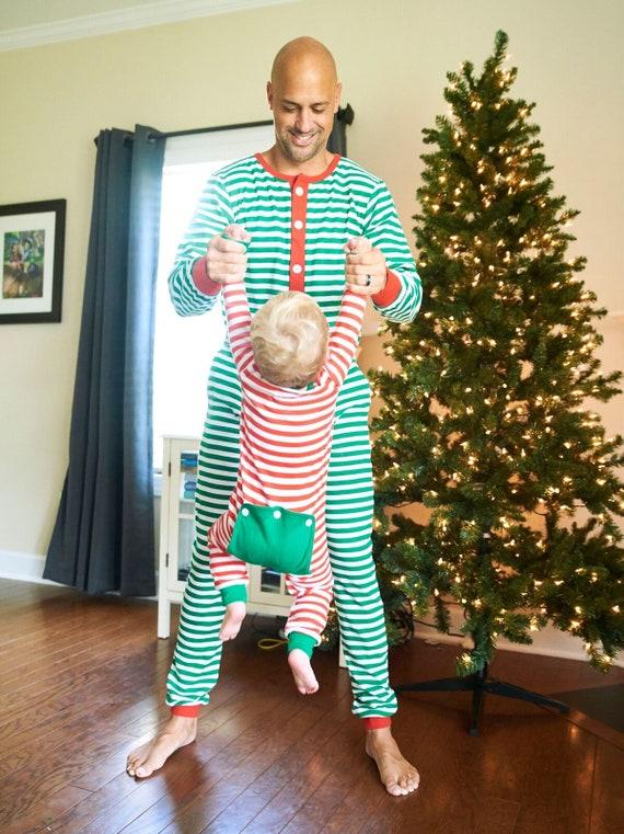 2018 Pre-pré-commande-Oct rouge DEL, Noël pyjama, pyjama rouge Pre-pré-commande-Oct et blanc monogrammé, monogramme pyjama vert et blanc, le Faux bas, rabats de bout à bout b15420