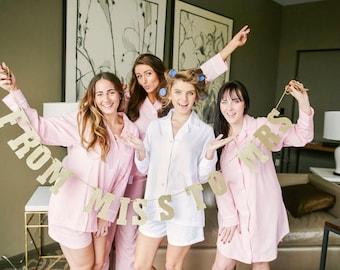 Personalized Bridesmaid Seersucker Long Pajama Sets, Monogrammed Seersucker Lounge Pajamas, Monogrammed Bridesmaid Pajamas, Sorority Pajamas