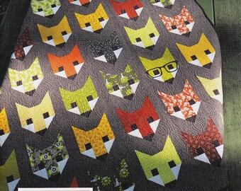FANCY FOX   *A Pieced Quilt Pattern*    By Elizabeth Hartman  EH-009