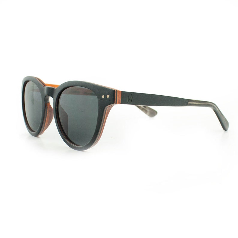 8d828621fd526d Wooden sunglasses Manuel Antonio BO Hoentjen Creatie