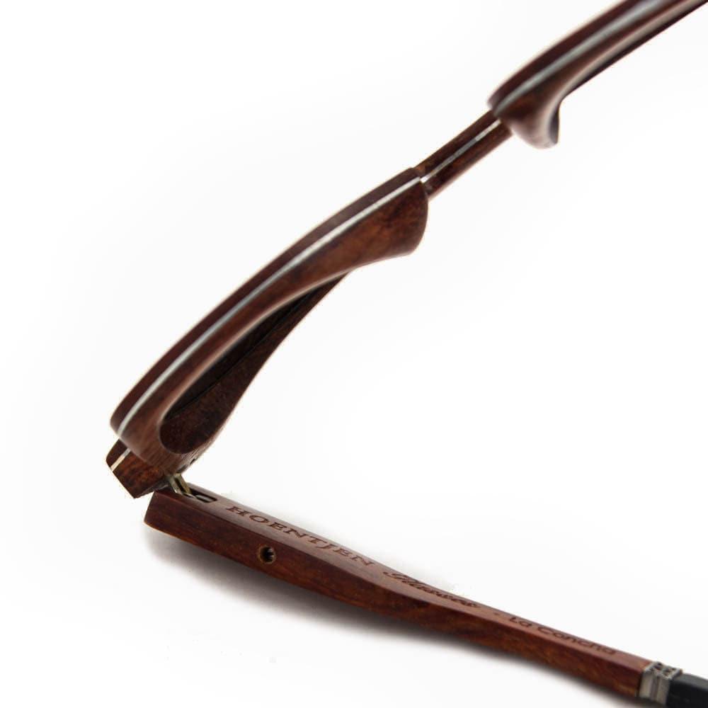Gafas de sol-La Concha creación de Halldorsdottir de madera