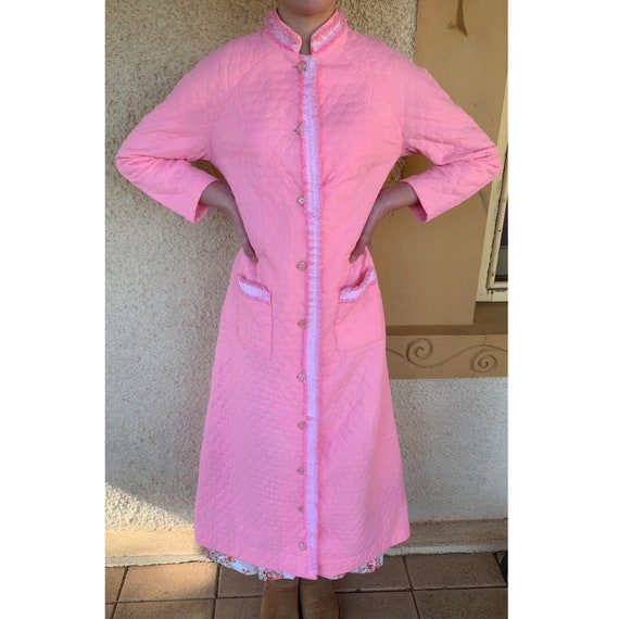 Gorgeous Vintage Handmade 1970s Quilted Dressing G