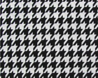 Black and White Houndstooth Fabric -  100% Cotton Quilting Apparel Crafts Home decor