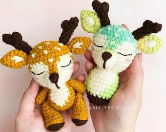 CROCHET PATTERN : Christian the Mini Deer (English/French)