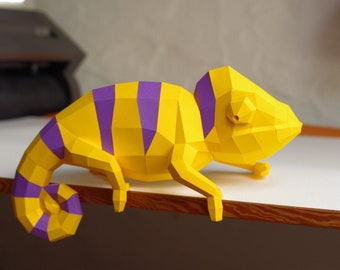 Chameleon Paper Sculpture DIY project by Paperwolf