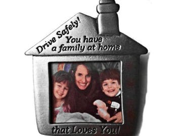 Family Picture Auto Visor Clip Pewter Drive Safely