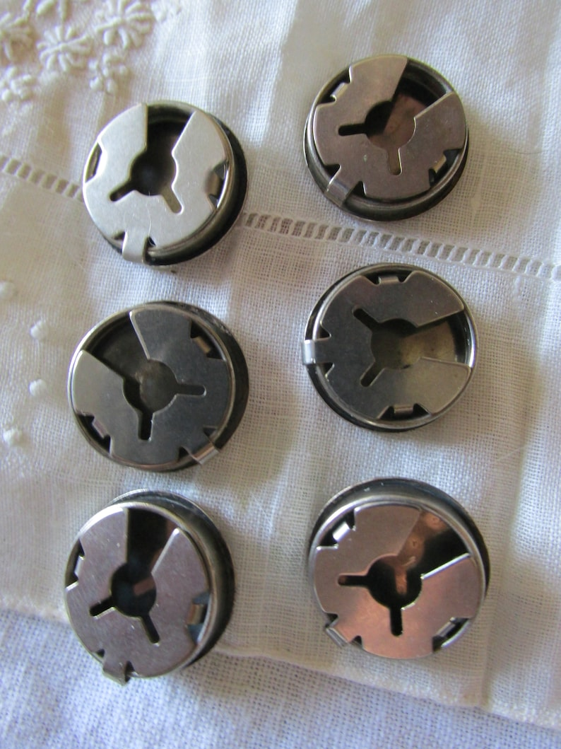 Etched SUNFACE BUTTON COVERS in Silver Tone Tribal Southwestern Theme Design Clip On Closures Fasteners Sewing Hobby Crafts Tools Six 6