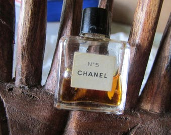 """Vintage Miniature CHANEL No 5 PERFUME BOTTLE Some Perfume Remains Bottle Measures 1"""" Collectible for Dresser/Bathroom Decoration or Gifting"""