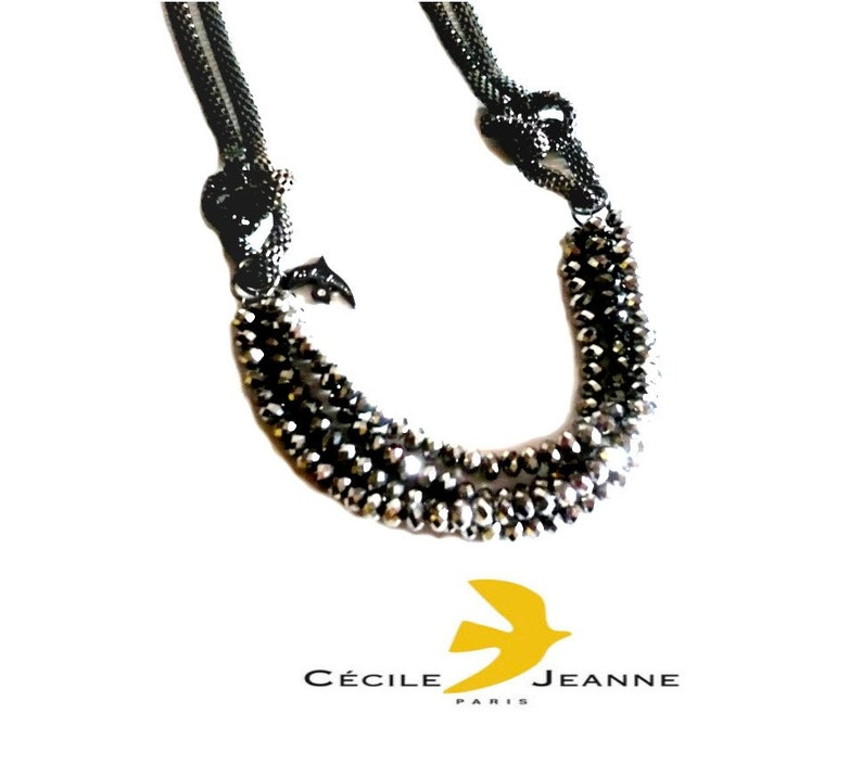 CECILE JEANNE ~ Authentic Iridiscent BeadsPearls Long NecklaceSautoir
