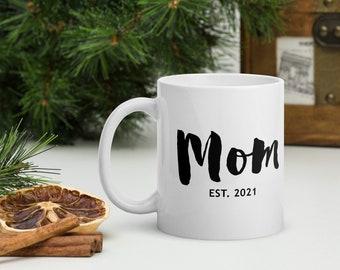 Mom coffee mug, christmas gift for mom, gift for mother, heart coffee mug, mothers day gift, minimalist mug