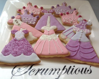 12 Princess and Crowns Iced Cookies.