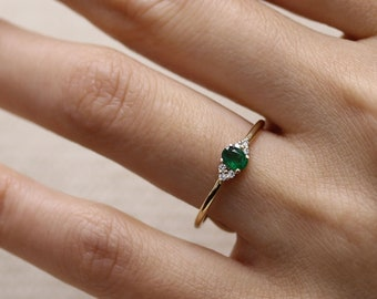 Wedding Oval Emerald Sapphire Ring 14k Yellow Gold White Gold  Simple Engagement Ring,Simple Wedding Band Rose Gold Ring