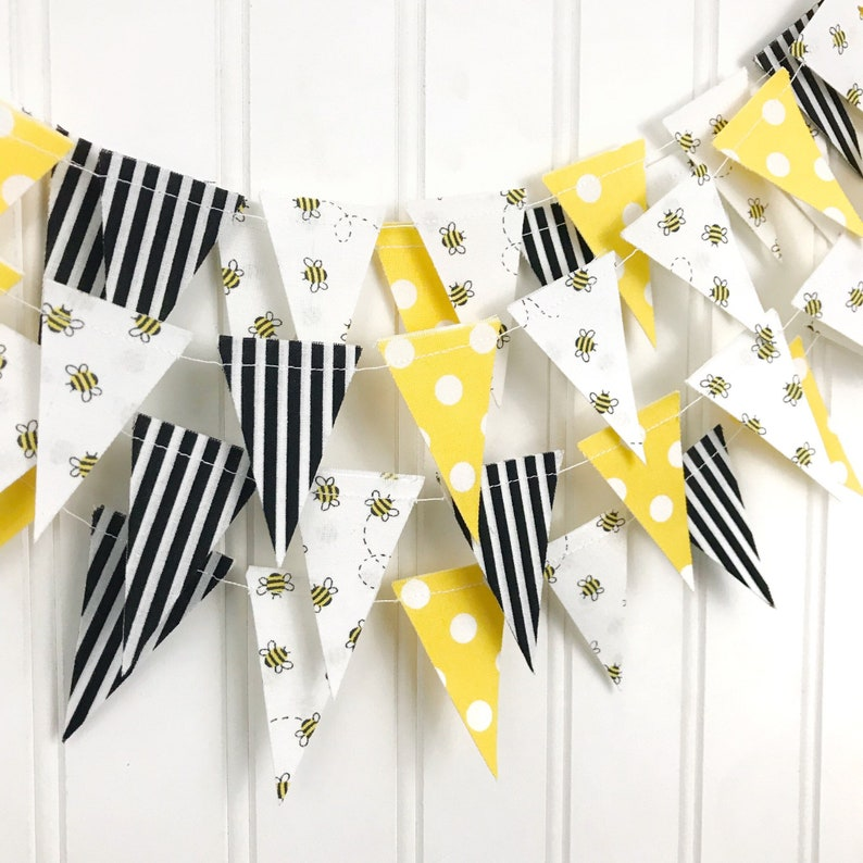 Bee SCRAP-SIZED Bunting Banner Party Decor Bee Bunting image 0