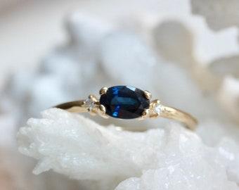 14K Gold Oval Blue Sapphire Diamond Ring