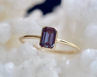14K Gold Octagon Alexandrite Ring, Color Changing Stone, Emerald Cut Bezel, Alexandrite Engagement Ring, Solitaire Ring