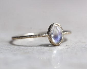 14K Gold Moonstone Ring, Oval Rainbow Moonstone Ring, North South Oval, Glitter Texture, Sparkle Texture, Thin Ring, Rainbow Stone Ring