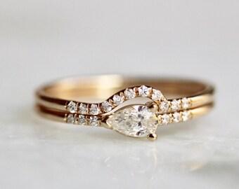14K Pear Diamond Engagement Ring Set