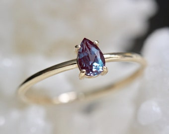14K Gold Alexandrite Ring, Color Changing Stone, Tear Shape Ring, Pear Solitaire Ring, June Birthstone, Purple Gemstone, Green Gemstone