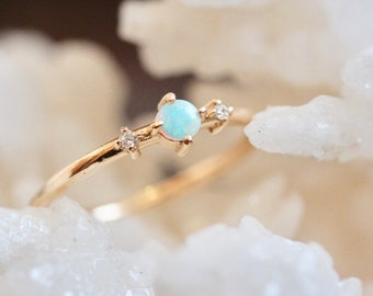 14K Opal Moonlight Drive Ring