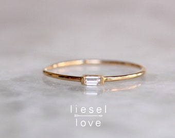 14K Gold Tiny Baguette Diamond Ring