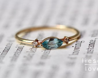 "14K Gold Blue Zircon Diamond ""Shimmer"" Ring"