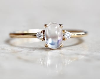 14K Gold Moonstone Diamond Ring