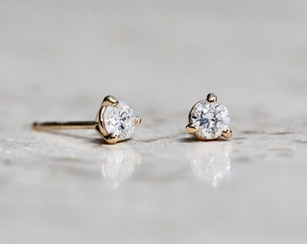 14K Gold Diamond Studs, Diamond Earrings, Diamond Studs, Everyday Wear, Dainty Studs, Minimal Earrings, Dainty Jewelry, Solid Gold