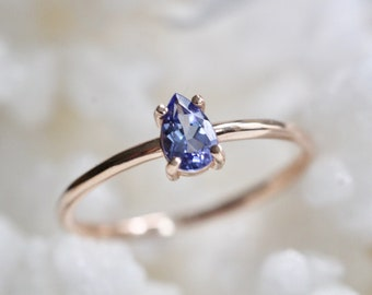 14K Gold Tanzanite Ring, Light purple Stone, Tear Shape Ring, Pear Solitaire Ring, December Birthstone, Purple Gemstone, Gemstone Ring