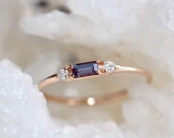 14K Alexandrite Baguette Ring