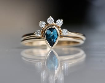 14K Gold London Blue Topaz Pear and Diamond Ring Set