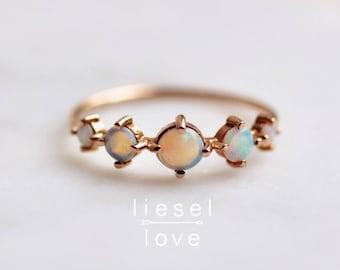 """14K Gold Opal """"Talisman"""" Ring"""
