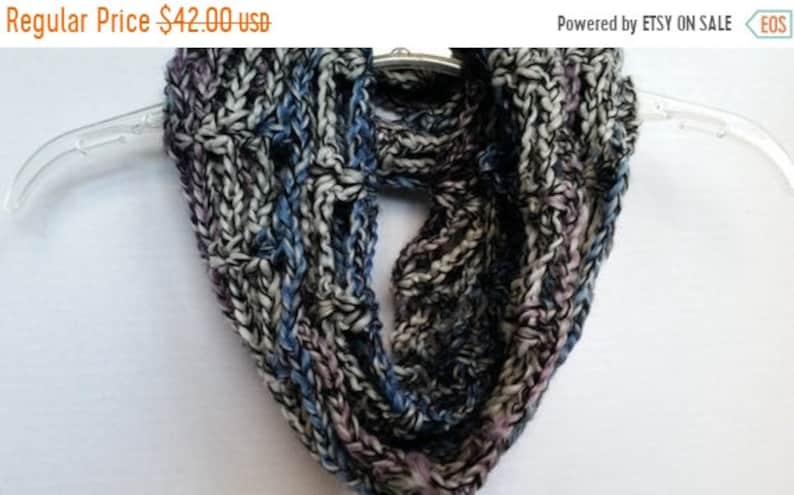 ON SALE Infinity Cowl Scarf  Circle Scarf Chunky Scarf image 0